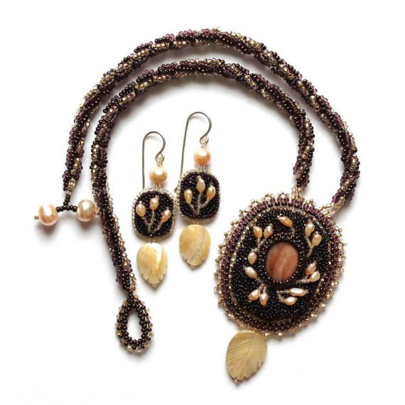 Beaded pendant necklace Jewelry set  Beaded Necklace with