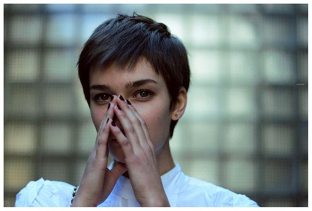 Girls with short hair: Photo