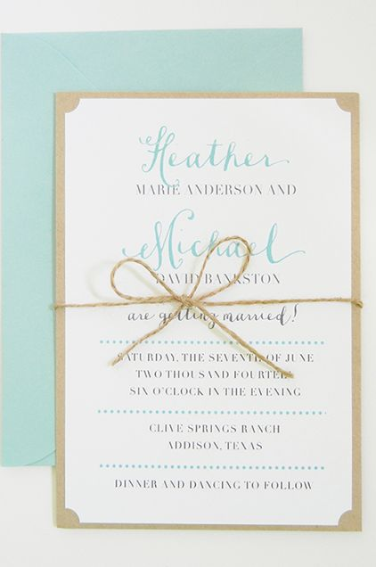 Simple and chic wedding invitations. #tiffanyblue #robineggblue #rustic #somethingblue #wedding #invitations #stationery Shop: Pink Champagne Paper --- https://www.etsy.com/shop/pinkchampagnepaper