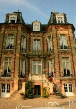 En pays de Caux, château du 19ème S. sur 17ha - châteaux à vendre - haute-normandie - Patrice Besse Châteaux et Demeures de France, agence immobilière spécialisée dans la vente de châteaux, demeures historiques et tout édifice de caractère. $1,300,000
