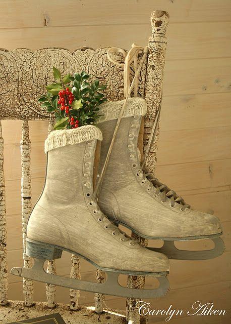 old skates, Christmas decorations