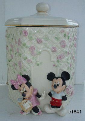 Lenox Disney MICKEY AND MINNIE Garden Picnic Cookie Jar