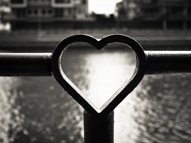 Black & White Heart❤Great Shot