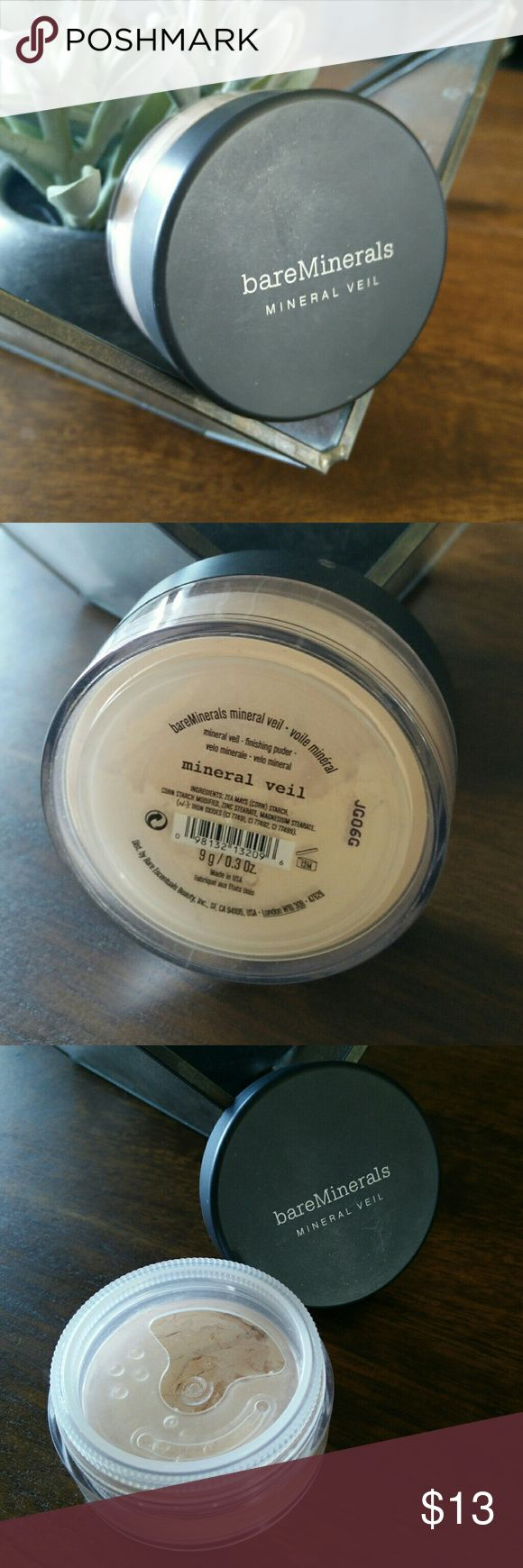 Mineral Veil finishing powder Only used a few times, this finishing power is magic! It helps absorb excess oil to keep you shine free all day, helps to your makeup, and helps to minimize the look of large pores. Comes in one skin friendly shade. Looks to be a peachy pinkish shade. Wear alone for light/sheer natural look, or on top of  foundation to finish off the look. bareMinerals Makeup Face Powder
