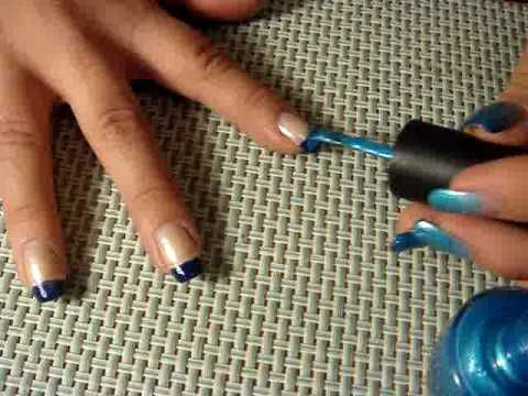 this is a really simple gradient nails tutorial.