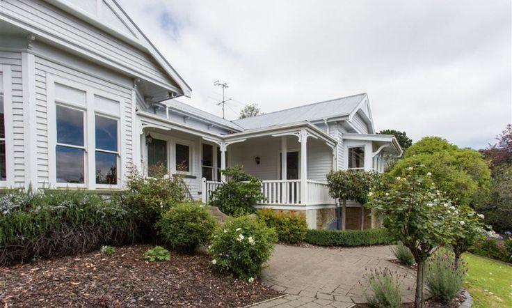 SOLD AT AUCTION: 29 Dyers Pass Road, Cashmere Hills, Christchurch NZ