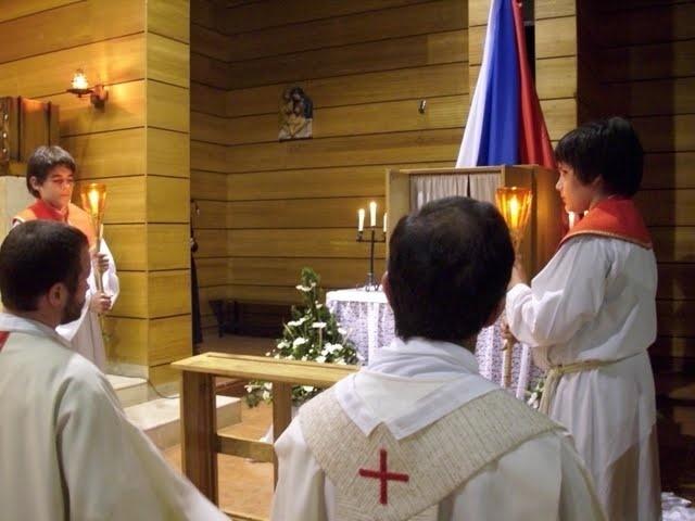 Capturador de Imágenes: La preparación y celebración de las fiestas pascuales. La misa vespertina del Jueves Santo en la Cena del Señor