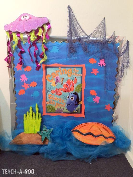 Disney 39 s finding nemo bulletin board bulletin boards for Nemo decorations