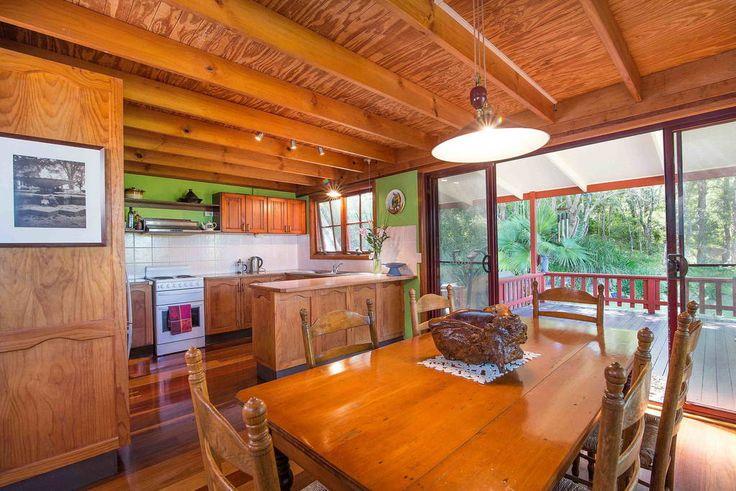 Kitchen open deck queenslander google search extending for Kitchen ideas for queenslanders
