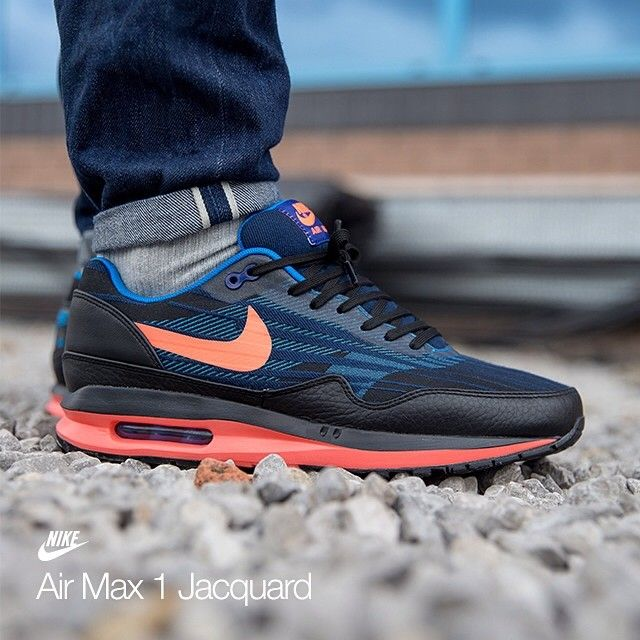 find all the official stores direct shops links where to buy the nike air max lunar 1 jcrd online