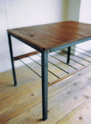 TRUCK TRUCK-ZAKKA 141. BOOMERANG SIDE TABLE