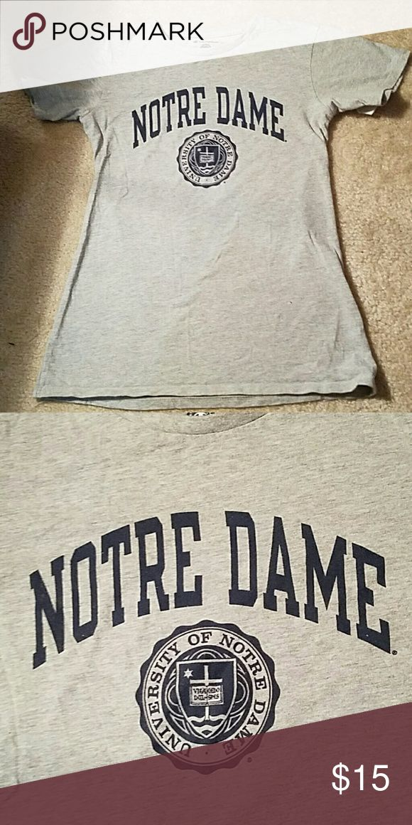 EUC Notre Dame t-shirt EUC Notre Dame t-shirt. Gray with navy print. Go ND! Tops Tees - Short Sleeve