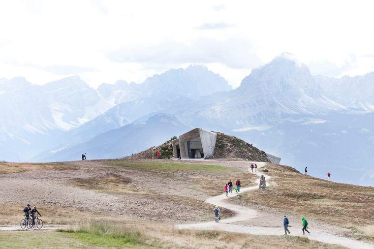 Zaha Hadid Architects, Paolo Riolzi · Messner Mountain Museum