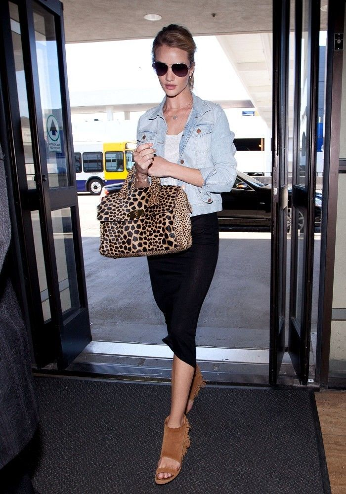 Rosie Huntington-Whiteley with the perfect leopard print bag
