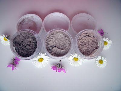 Misha Beauty - přírodní kosmetika a jiné DIY projekty : Oční stíny - hnědošedé trio (1, 2, 3)