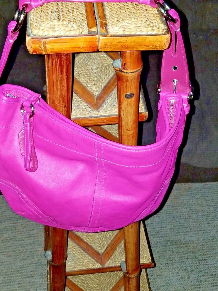Coach Hobo Pink Handbag Small Leather Purse Carry Ladies Fashion