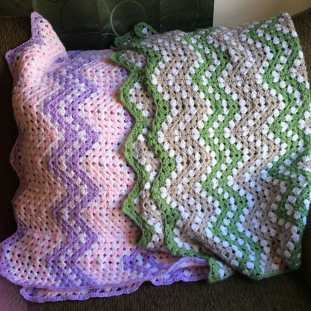 Funny and pretty Ripple Waves Baby Blanket Crochet Pattern #crochetideas #crochetlove Download this afghan pattern in PDF!
