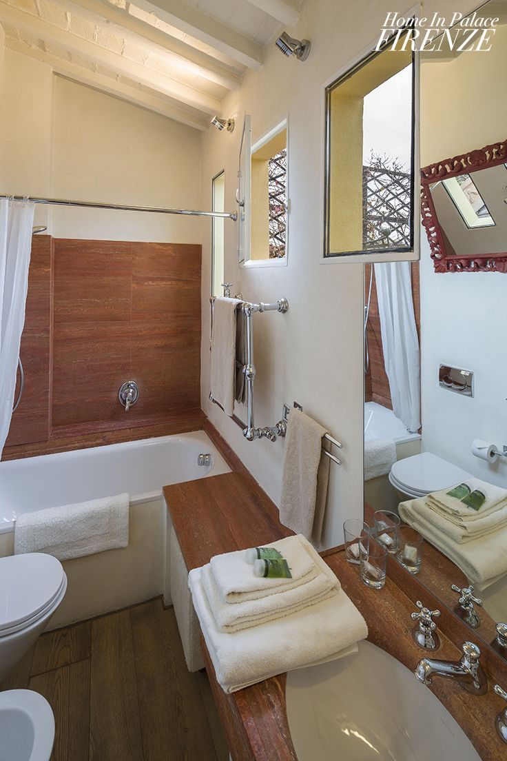 @wood @bathroom in Da Vinci #deluxe #room @Home in Palace #Florence #Italy