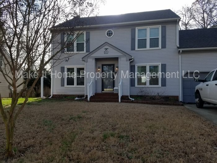 Home For Rent 313 Grain Way Chesapeake Va 23323 Rentalproperties Homeforsale Realestate Va Chesa Real Estate Houses Renting A House In Ground Pools