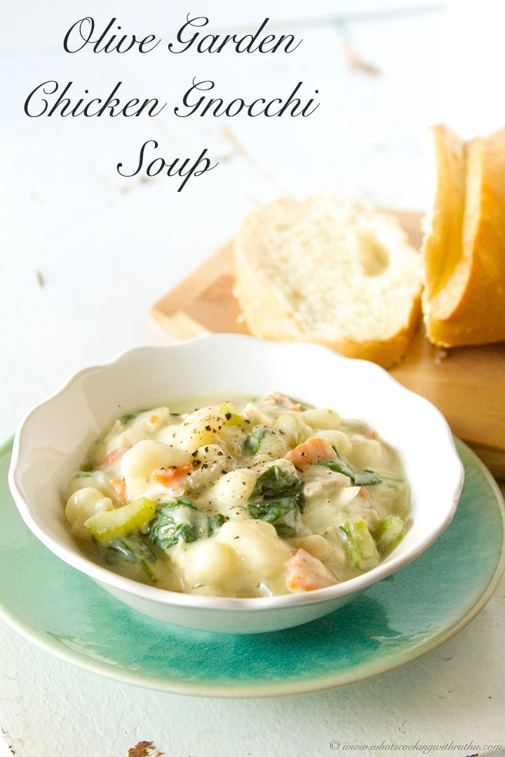 Olive Garden Chicken Gnocchi Soup (copycat) is a skinny version of this popular soup!  #chicken #soup #recipes on www.whatscookingwithruthie.com