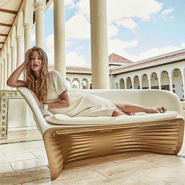La modelo está muy feliz con Pico Mónaco (Revista ¡Hola! Chile)