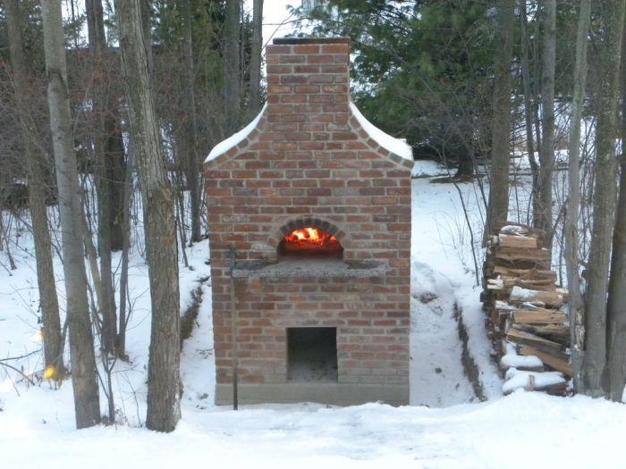 Do It Yourself Outside Brick Pizza Oven (16 pics)