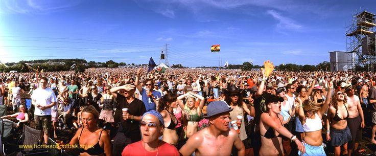 Crowd dances to Van Morrison, Glastonbury Festival,England year2005 by Stuart Roy Clarke