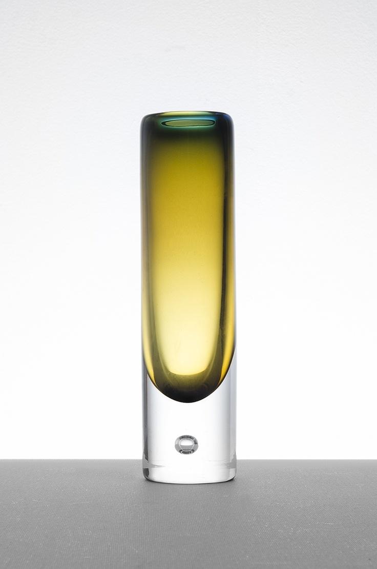 Vicke Lindstrand glass vase at Studio Schalling