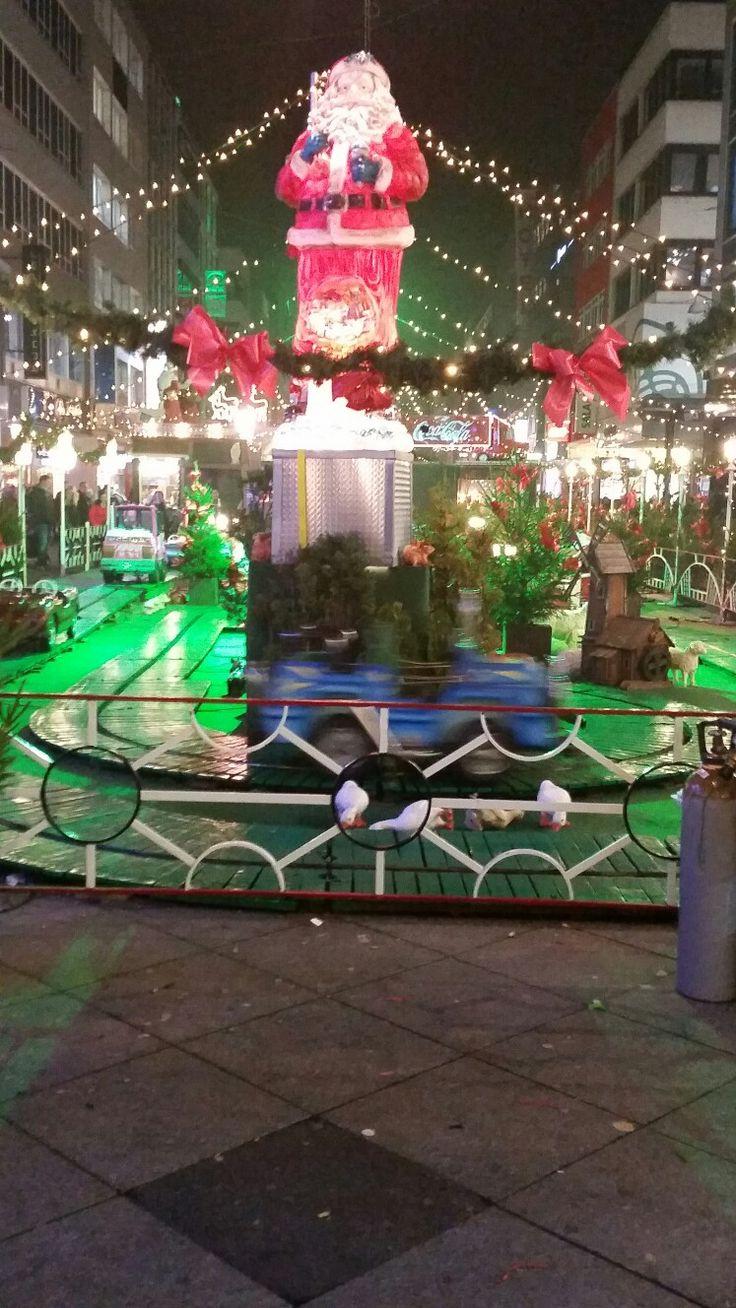 Weihnachtsmarkt in Saarbrücken