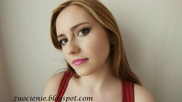 ombre lips simple smokey eye