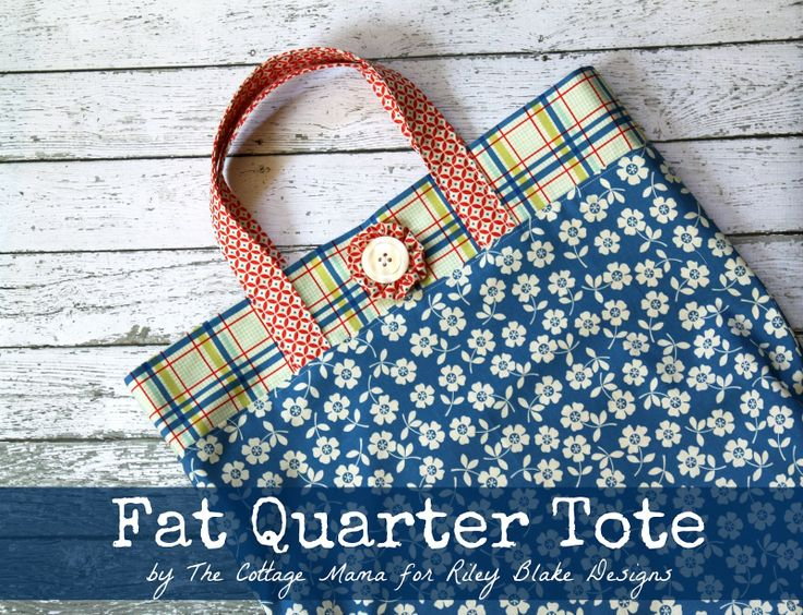 Fat Quarter Tote Tutorial by The Cottage Mama for Riley Blake Designs.: Blake Design, Totes Bags Tutorials, Quarter Totes, Fat Quarter, Bag Tutorials, Cottages Homes, Tote Bags, Riley Blake, Design Blog