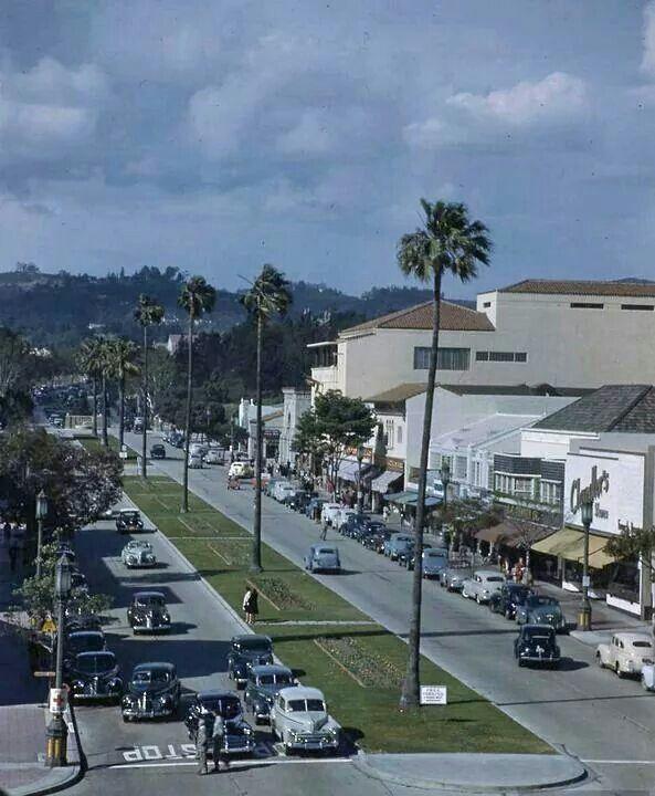 Деревня у лос анджелес фото
