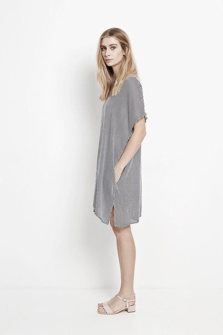 Amanda ss dress aop 7950, DARK BLUE STRIPE