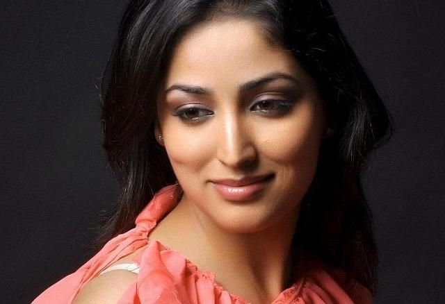 Bollywood Actress Yami Gautam Photoshoot