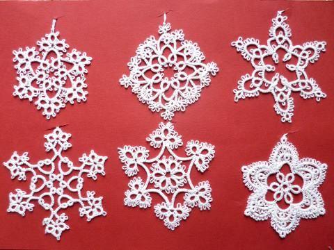 #tatting #snowflakes for #christmastree #frywolitka #gwiazdki #śnieżynki #choinka https://www.facebook.com/NiezwyklaProjektownia