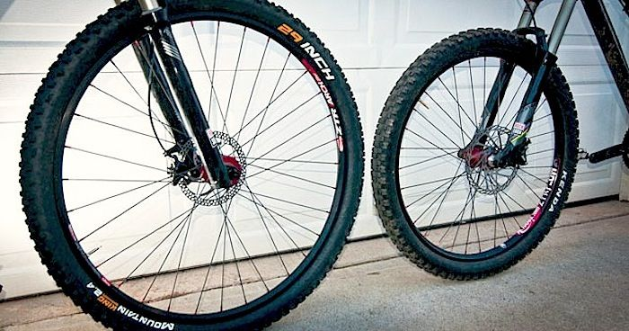What exactly is it about the 29ers that make them so popular? Find out more: http://roa.rs/17Lumbo #MTB