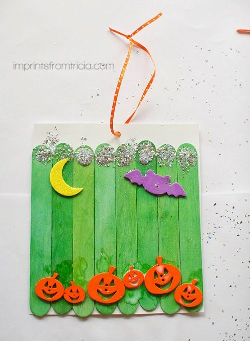 Halloween Pumpkin Patch Kid Friendly Craft Project via @Tricia Montesano