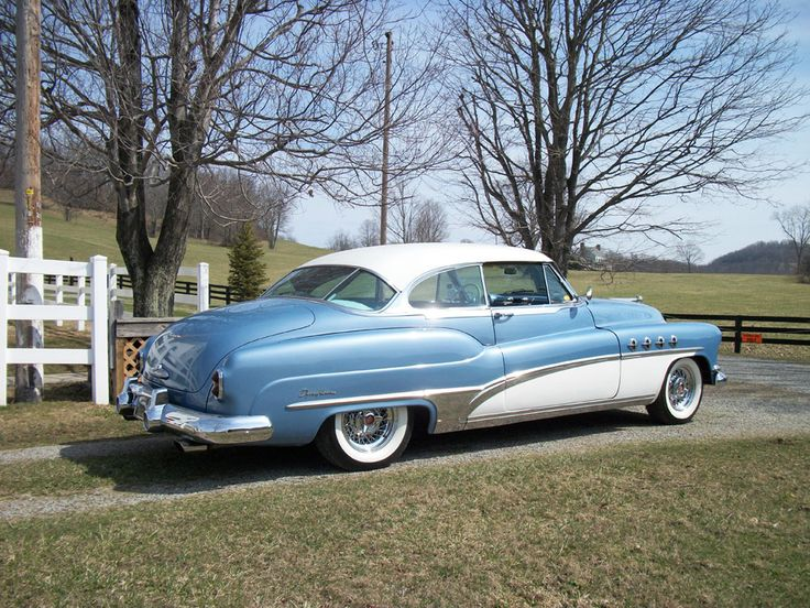 1951 Buick Roadmaster. Love 50s cars