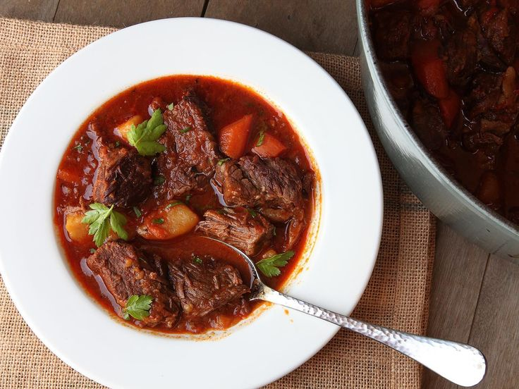 I'm a fan of goulash in all its forms, and there are many. But in the winter months, the version I'm after is the rich, hearty, rib-sticking Hungarian-American version, made with big chunks of beef, carrots, and potatoes in a stew flavored with onions, garlic, peppers, and plenty of great paprika.