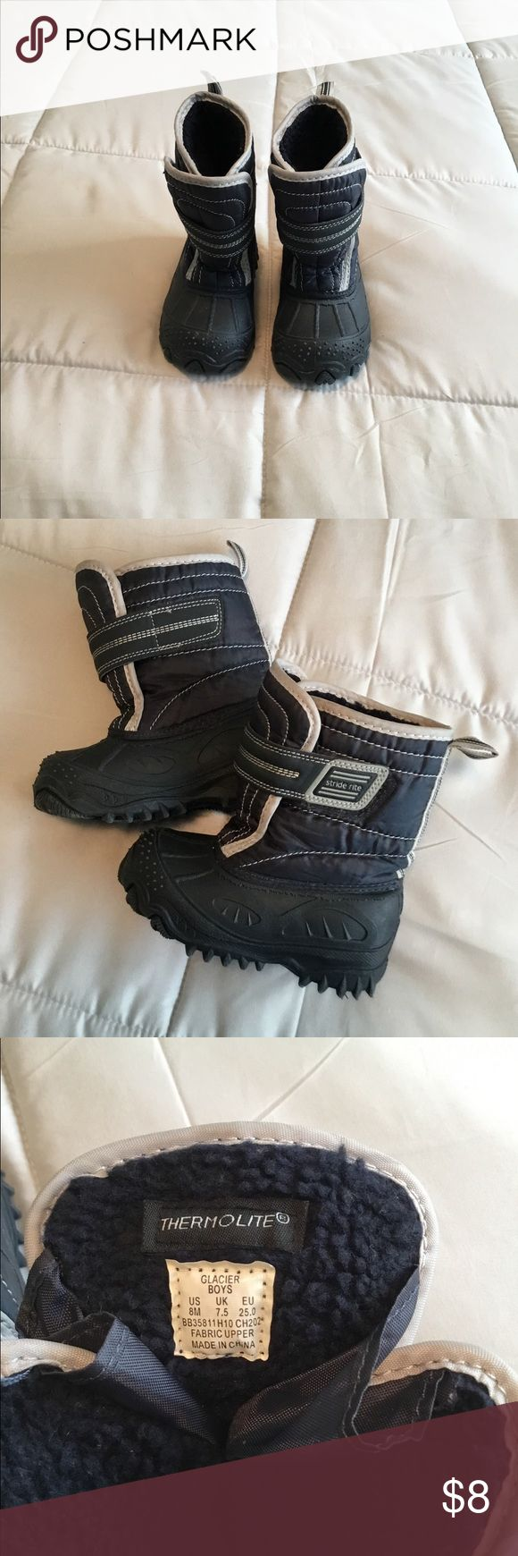 StrideRite boys snow boots StrideRite boys snow boots size 4. Excellent used condition, perfect to keep his feet nice and warm❄️❄️❄️ Stride Rite Shoes Rain & Snow Boots
