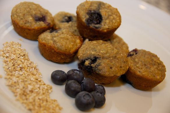 Blueberry Steel Cut Oat Muffins | Eat, drink and just be! | Pinterest