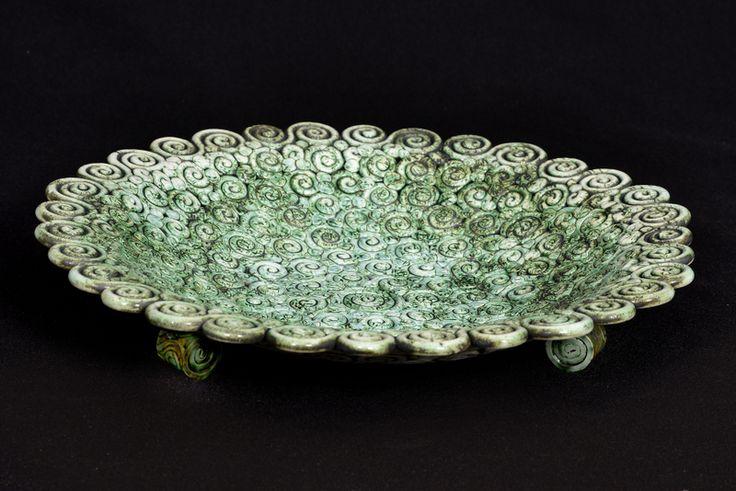 Porcelain coil bowl