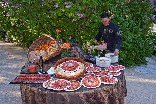 jamon and bread
