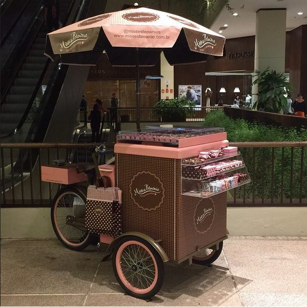 Food Bike Triciclo Space para doces em shopping center