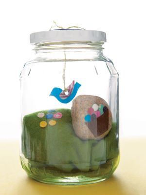 Kids' crafts: How to create your own storytelling jar