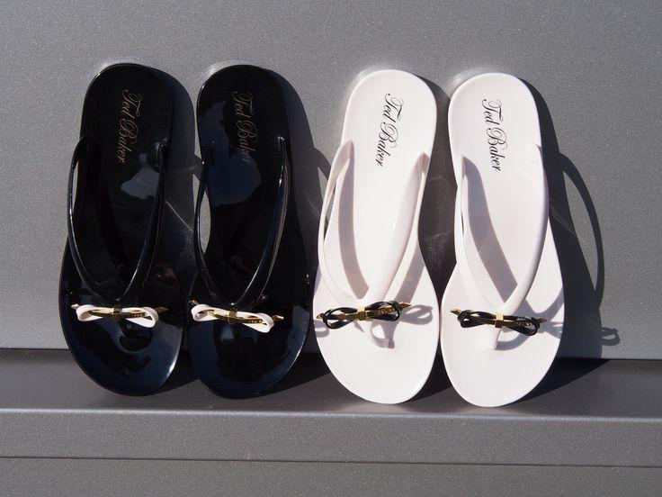 Black and Pink Ted Baker sandals --> http://www.omoda.nl/dames/slippers/ted-baker/roze-ted-baker-slippers-heebei-55477.html