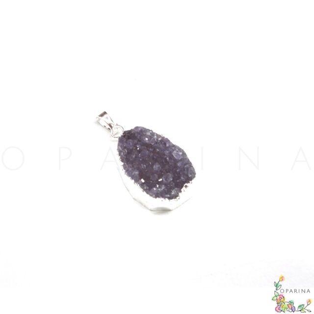 Dije de Druza de Agata con Encasquetado Plateado. #oparina #druza #druzy #gemstone #naturalstone #agatha #agata