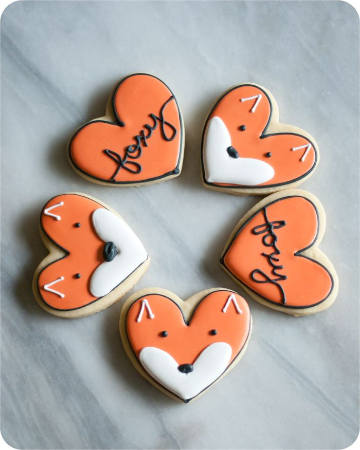 fox cookies made from a heart cookie cutter : post has decorating tutorial and recipes
