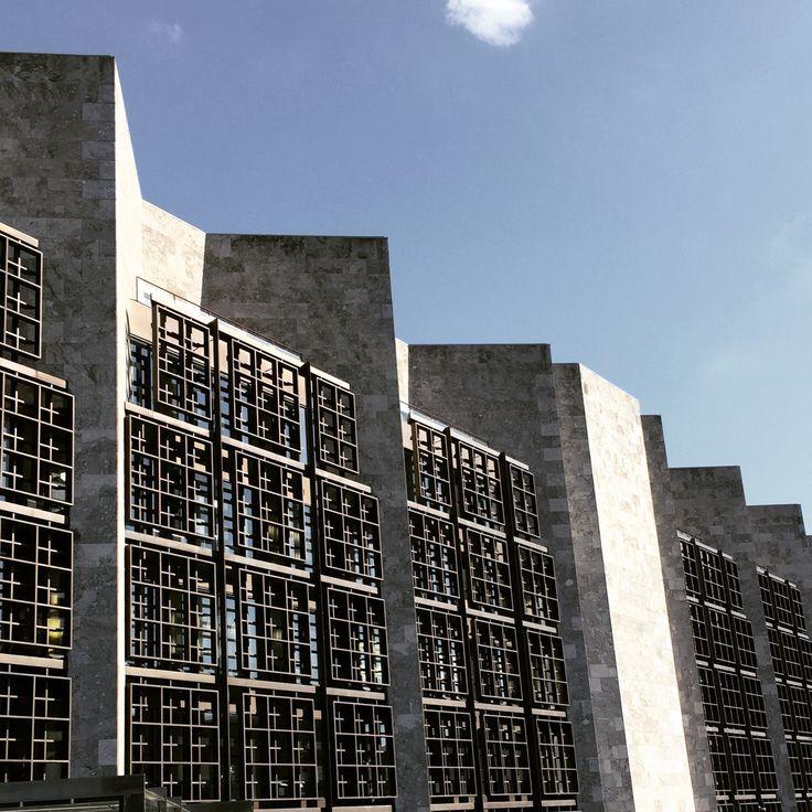 Mainz rathaus architecture pinterest mainz for Design hotel quartier 65 mainz