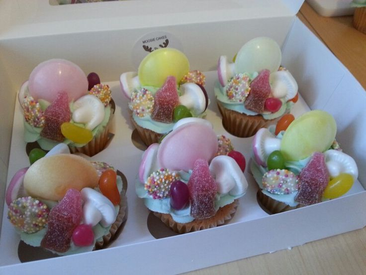 Pick n' mix sweetie cupcakes by MOOSIE CAKES